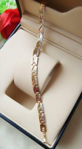 Beautiful Golden/Silver Imitation Bracelet KLP401